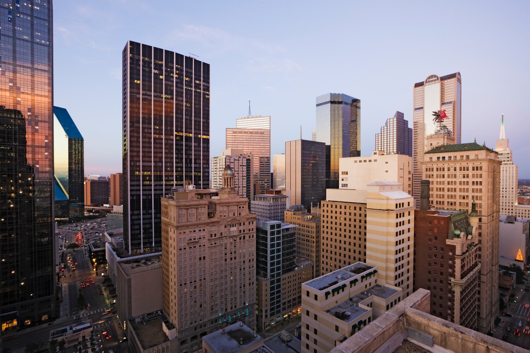 Downtown Dallas Apartments | Lofts | High Rises | Dallas