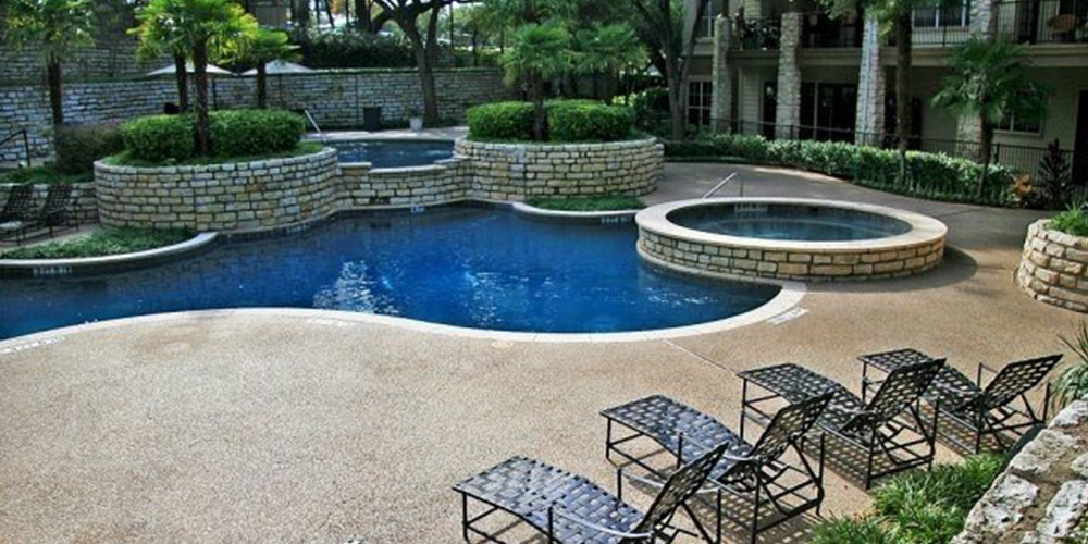 SoCo apartment pool with multi sections